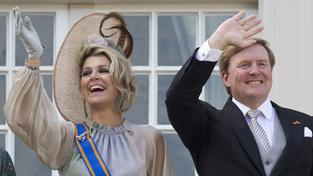 "König-Willem-Alexander und Königin Máxima am ""Prinsjesdag"" in Den Haag. (Foto: picture alliance/Peter Dejong/AP/dpa)"