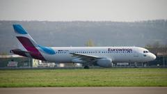 Eurowings-Maschine am Saarbrücker Flughafen (Foto: Pasquale D'Angiolillo)