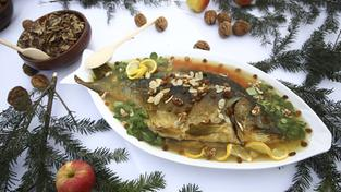Weihnachtsessen Karpfen.Sr De God Jul Szczęśliwe święta Feliz Navidad