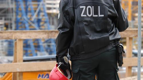 86942601c1501 SR.de  Drei Arbeiter bei Zollkontrolle festgenommen